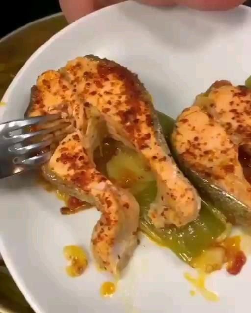 کلیپ آشپزی آموزش خوراک استیکی ماهی سالمون