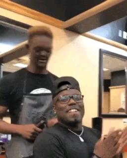 آرایشگر خنده دار