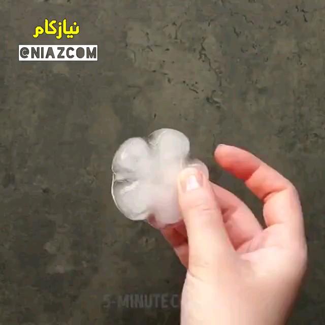 یک ترفند راحت برای درست کردن یخ های طرح دار