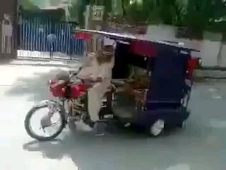 نحوه صحیح رفتار با کسی که کرایه تاکسی نمیده :)))