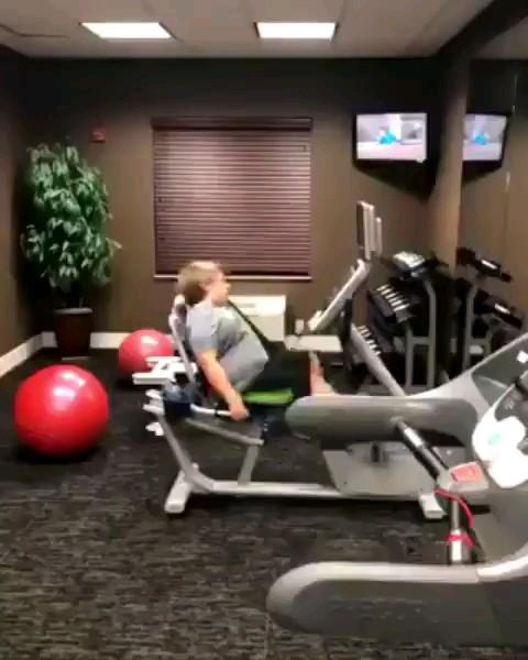 وقتی میخواهی زود لاغر بشی :))) | ویدیو خنده دار