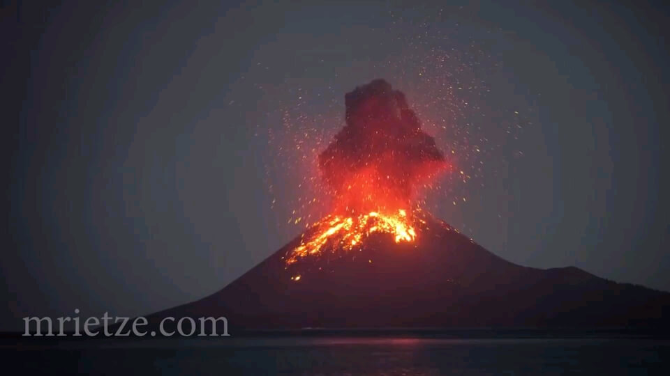 گیف فوران آتشفشان