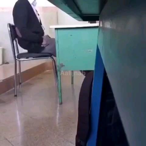 وقتی از دانش آموزای دهه هشتادیحرف میزنیم :))