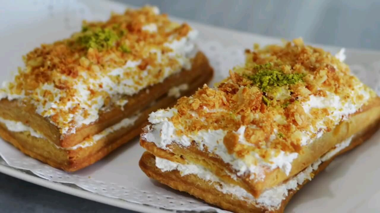 طرز تهیه شیرینی ناپلئونی با طعم و مزه قنادی