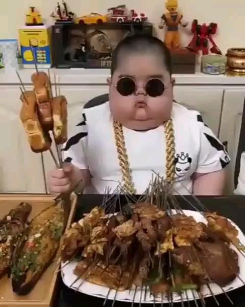 سلطان گوشت هستن ایشون :)))