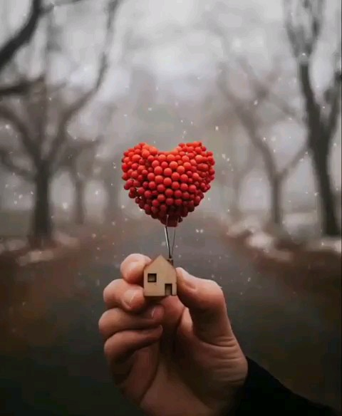 گیف عاشقانه زمستانی واتساپ | love gif instagram