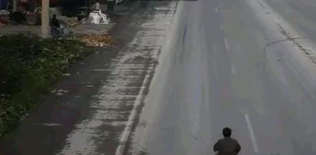 کلیپ تصادف خنده دار :))))