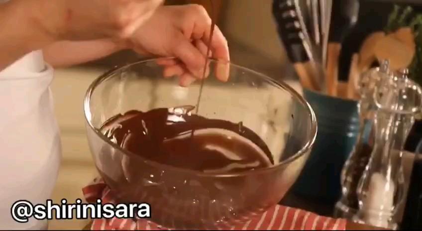 کلیپ آشپزی آموزش بنماری کردن شکلات
