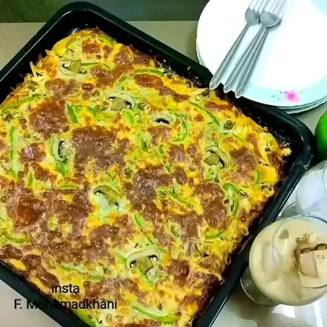 فیلم آشپزی | طرز تهیه پیتزا مرغ و قارچ با توضیحات