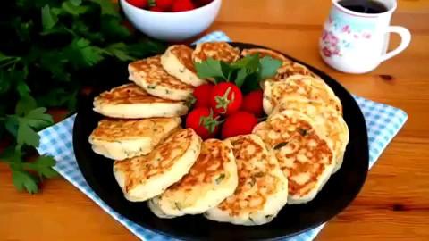 فیلم آشپزی طرز تهیه پنکیک پنیری برای صبحانه