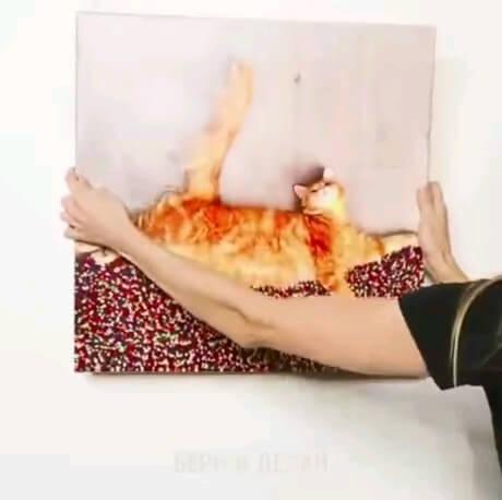 یک ترفند عالی برای قراردادن تابلو بر روی میخ دیوار