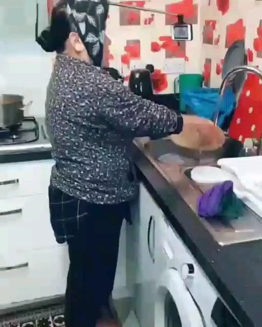 یه روش جدید و عالی مخصوص خانومای خونه داری که معتاد گوشی شدن :)))