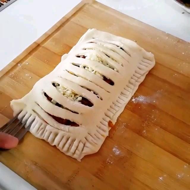 ویدیو آشپزی - طرز تهیه اشترودل مرغ