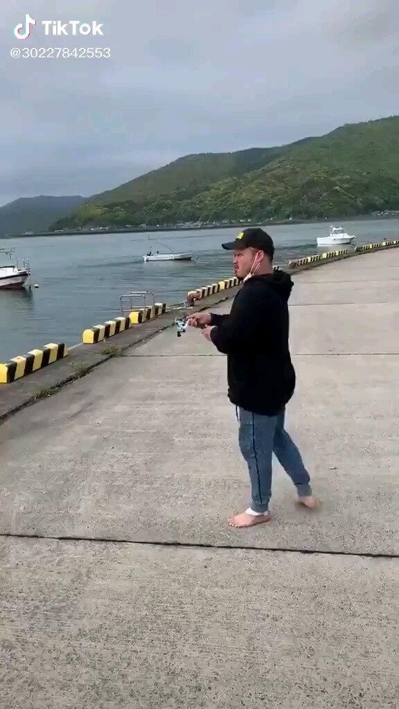 خنده دار ، استاد ماهیگیری :))