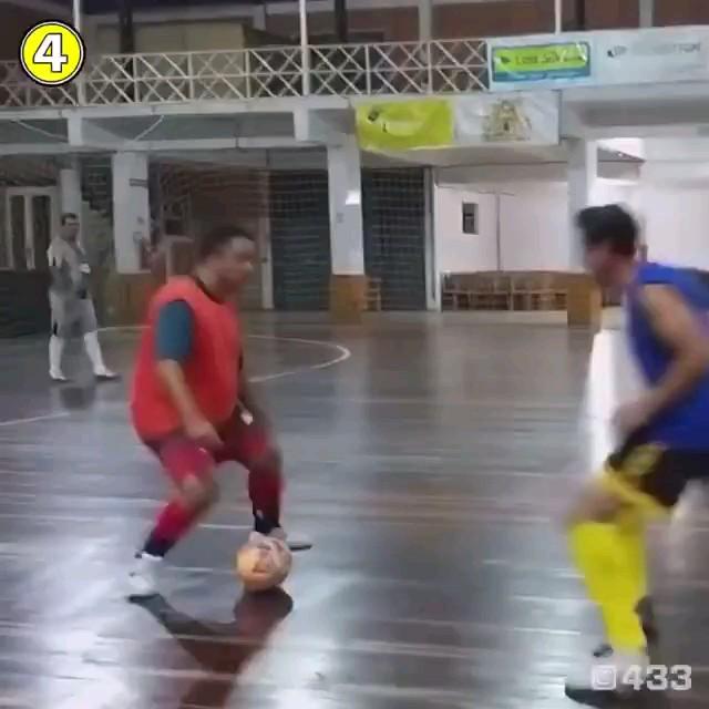 فیلم طنز فوتبالی بهترین دریبل تاریخ