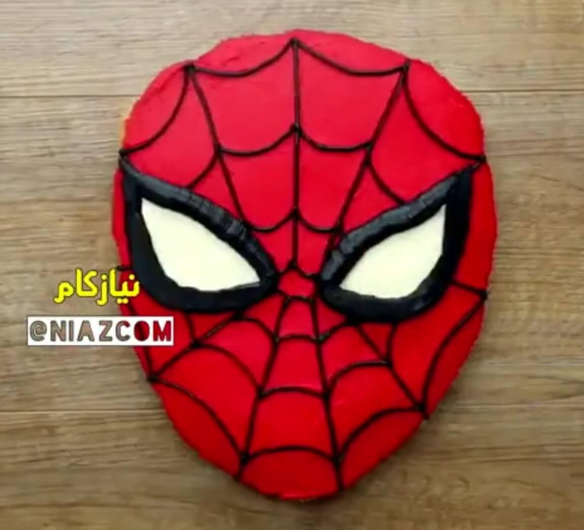 فیلم طرز تهیه کیک تولد مرد عنکبوتی خامه ای با کیک فنجانی