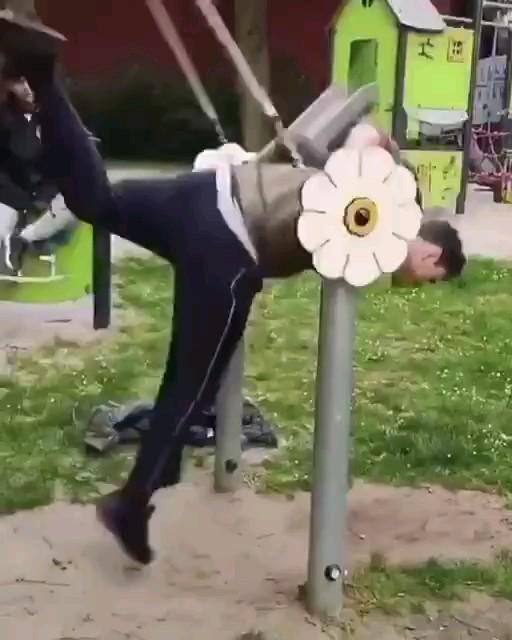 کلیپ کوتاه خنده دار ورزشی