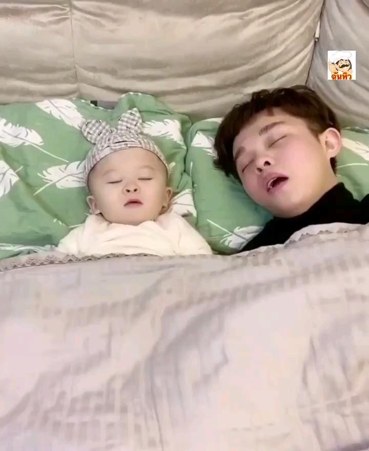 فیلم جدید خنده دار کودک و پدر :))