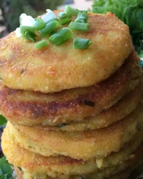 کلیپ طرز تهیه پنکیک سیب زمینی | آشپزی آسان