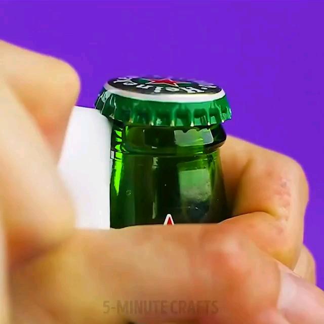 سه راه خلاقانه برای باز کردن درب بطری