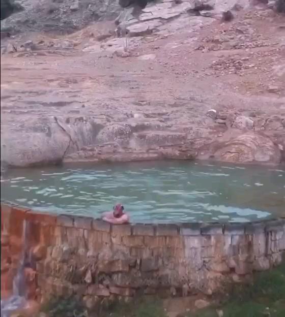 پاموکاله ایران ، چشمه آبگرم رودبار گیلان