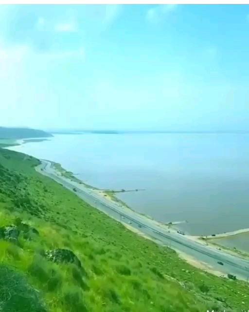 دریاچه مهارلو فارس در فصل بهار