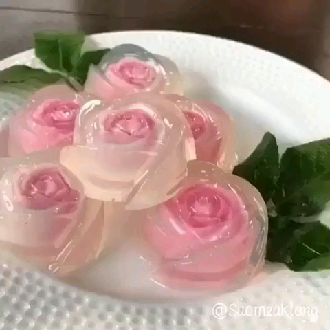 طرز تهیه ژله گل رز دورنگ