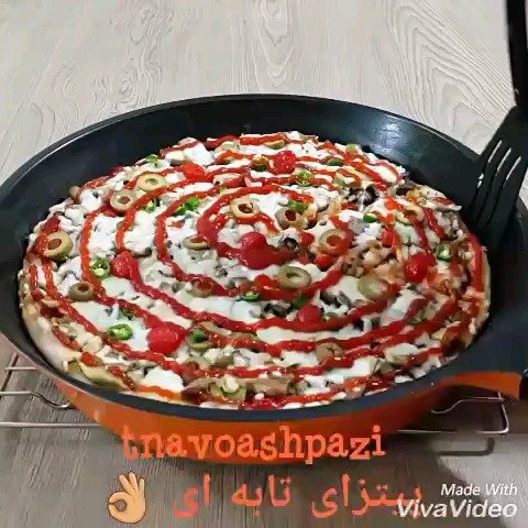 کلیپ طرز تهیه پیتزا تابه ای