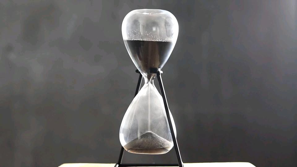 گیف ساعت شنی