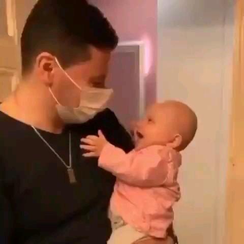 کلیپ خنده دار کودک و پدر