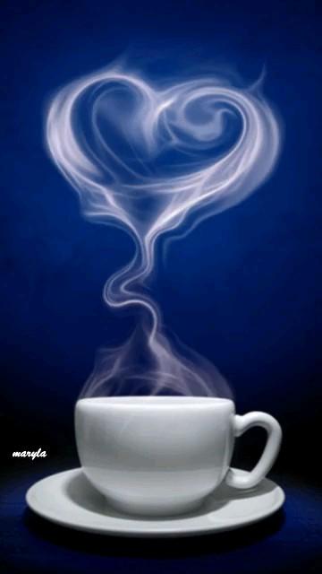قهوه داغ عاشقانه