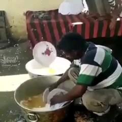 وقتیبه آقایون میگی ظرفای امروز با تو  =)))