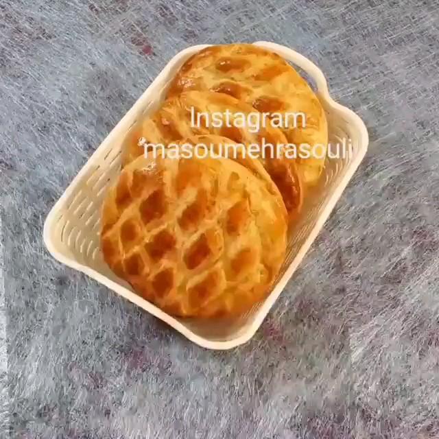 دانلود کلیپ آشپزی | طرز تهیه نان سیب زمینی