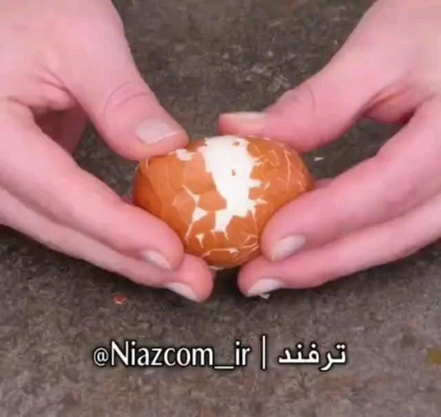 جدا کردن پوست تخم مرغ آب پز 3 سوت