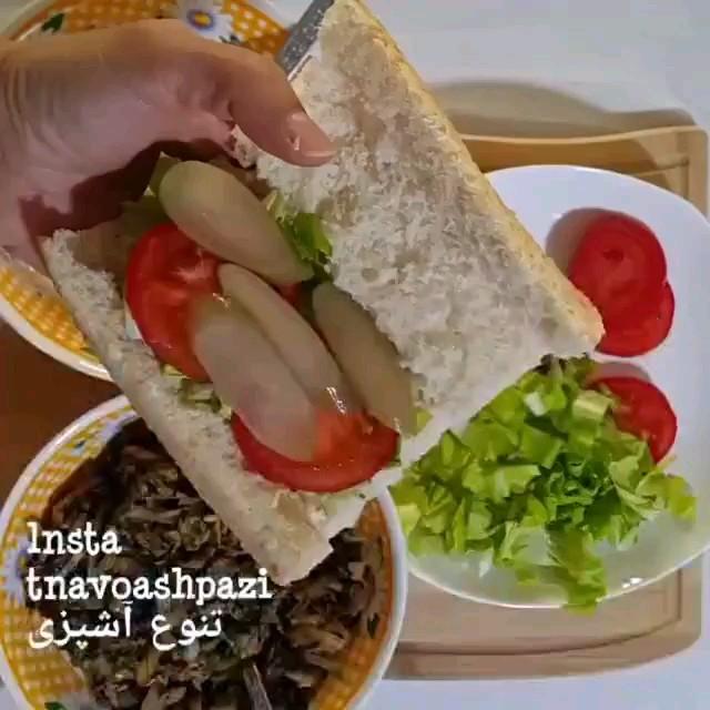فیلم آشپزی روش تهیه ساندویچ تن ماهی