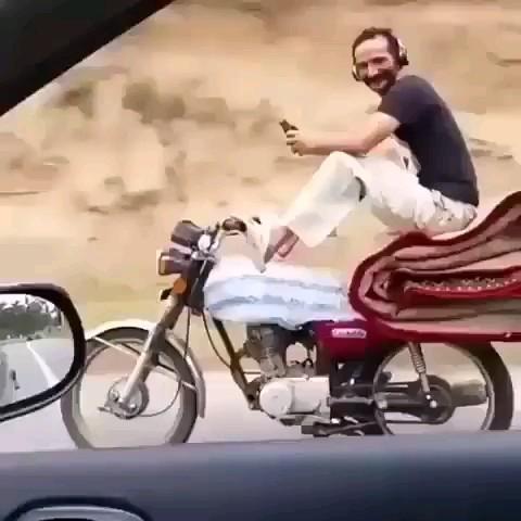 کلیپ کوتاه خنده دار جدید مخصوص موتورسوارا :))
