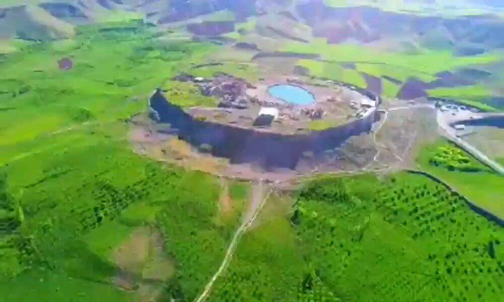 ویدیو گردشگری کوتاه | تخت سلیمان ، تکاب آذربایجان غربی