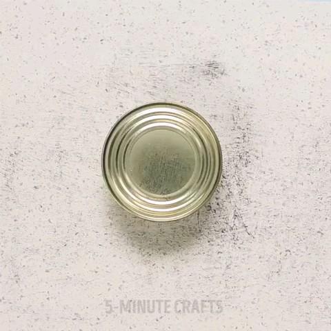 یه ترفند ساده برای باز کردن درب قوطی