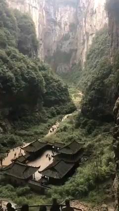 شگفت انگیزترین و عجیب ترین مکان های دنیا