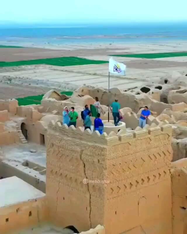 قلعه سَریَزد مهریز یزد