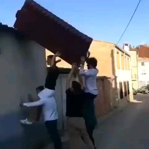 خنده دارترین ویدیوی سال :))